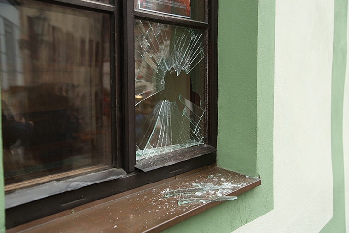 A2B Glass are able to board up broken windows while they are being repaired in Somers Town.